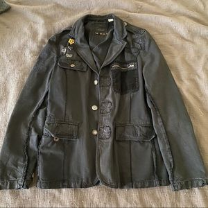 Military style Jacket/Blazer - With great details!